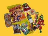 En Bogotá decomisan toneladas de dulces vencidos