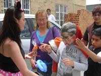 Población en condición de discapacidad  participó en  fiesta de disfraces