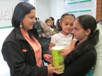 Kits maternos y complementos nutricionales para las madres gestantes y lactantes de Soacha