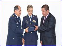 Madrid recibió premio «Alas de Esperanza»