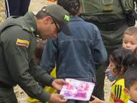 Tranquilidad y regalos para los niños, reporta la Policía de Soacha