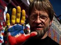 Mockus anuncia candidatura si hay elecciones para remplazar a Petro