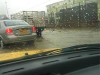 Inundación a la altura de Cazuca colapsa autopista sur