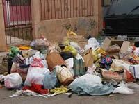 En Granada no recogen la basura hace 15 días