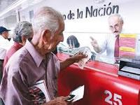 ¿Quiénes tienen derecho a pensionarse bajo el régimen de transición?