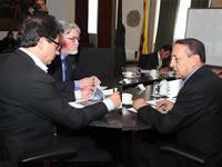 Tren ligero para Soacha, tema de discusión entre Petro y Cruz
