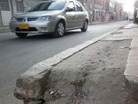 Rehabilitación de la malla vial está dañando los andenes en Soacha