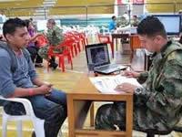 Ejército captura a dos estafadores de libretas militares en Cundinamarca