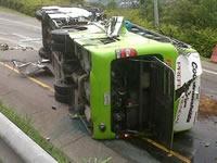 Ya son ocho los muertos en accidente de bus en carretera Fusa-Bogotá