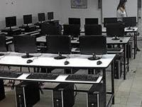 Departamento realiza visitas de seguimiento a aulas digitales