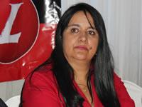 Luz Marina Velásquez trabaja desde la base