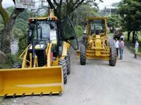 Villeta recibe maquinaria amarilla