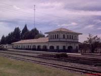 Gobernador pide celeridad en obra de tren de cercanías