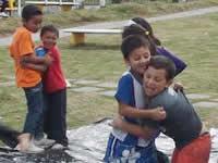 Niños se tomaron parque de la Isla  en Compartir