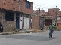 EAAB acudió al llamado de la comunidad para arreglar calle que había dejado en mal estado