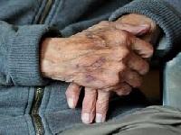 40% de las personas mayores en Bogotá viven bajo la línea de pobreza