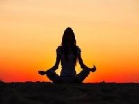 Yoga una herramienta poderosa para combatir violencia intraescolar