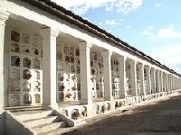 Convocatoria a propietarios de espacios en cementerios de Bogotá