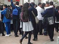 Por falta de docentes, estudiantes de La Despensa bloquearon Transmilenio