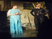 Con teatro se celebró el día de la madre en el barrio La Isla