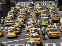En junio se levantaría pico y placa para taxis en Bogotá
