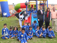 Niños de Madrid reciben parques