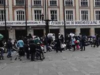 Desplazados desalojan Plaza de Bolívar para la jornada electoral
