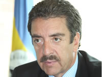 Luis Fernando Ayala  asume como Gobernador encargado