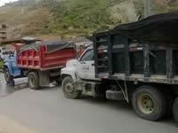 Operativo sorpresa a vehículos de carga pesada
