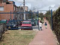 En  Quintas de la Laguna rechazan  multa por instalación de  rejas para mejorar la seguridad