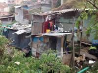Damnificados por incendio en Villa Mercedes  piden ayuda para reconstruir sus vidas