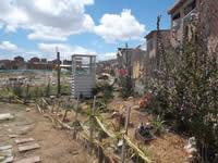 Potrero amenaza seguridad en Villa Daniela