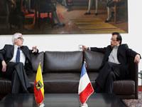 Francia interesada  en transporte férreo y cable aéreo de Bogotá