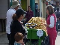 Socialización para la reubicación de vendedores informales de la calle 15 será el próximo miércoles