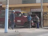 Talleres de mecánica invaden espacio público en Mariscal Sucre