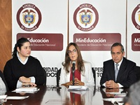 En marcha programa de 10000 becas educativas