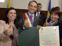 Gobernador Cruz y doce alcaldes del departamento reciben homenaje de la Asamblea