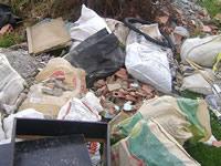 Comuna dos se infesta de basura por culpa de ciudadanos desconsiderados