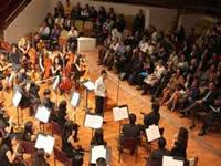 Batuta y la Sinfónica Nacional en concierto