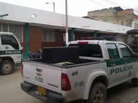 Marcha del ladrillo para mejorar la estación de policía de la Despensa