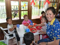¿Cómo es la labor administrativa en un hogar comunitario y en un FAMI del ICBF?