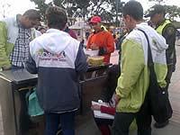 Siguen controles a vendedores informales en Soacha