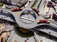 Cierres y desvíos viales por obras en la glorieta de tercer nivel en la NQS con carrera Sexta