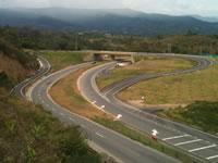 Se proyecta tercer carril autopista Bogotá-Girardot