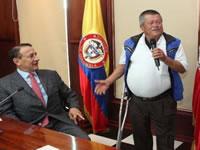 Cundinamarca entregó   prótesis de miembro inferior