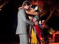 Novia se casa con un invitado de su boda al descubrir que su novio es epiléptico