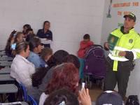 Policía de Soacha  capacita a padres de familia