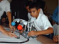 Nuevos kits de robótica llegan a colegios de Madrid