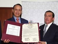 Congreso   exalta trabajo del gobernador Álvaro Cruz