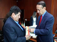 Embajador de Bolívia se reúne con Gobernador de Cundinamarca